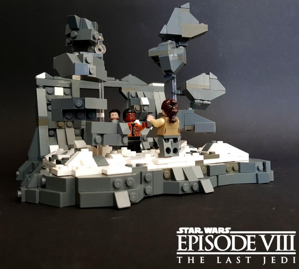 Star Wars Episode VIII - The Last Jedi - Lifting Rocks